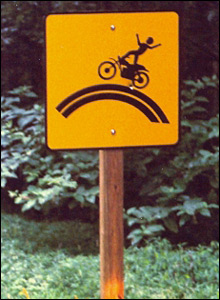 Warning sign, by Lothar Dohse