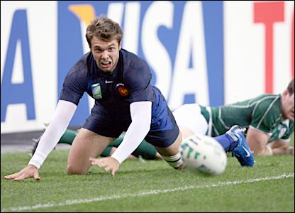 Vincent Clerc looks on in despair as the ball rolls free