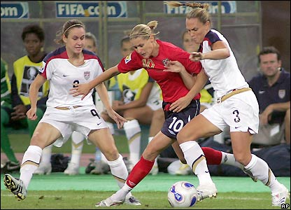A well-marshalled Kelly Smith