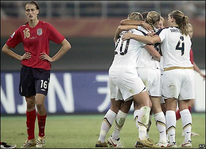 Jill Scott shows her disappointment as USA celebrate