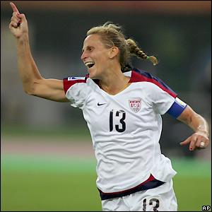 Lilly celebrates the third goal