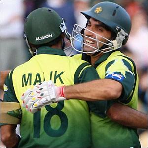 Malik and Haq celebrate victory