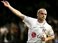 Fulham's Danny Murphy celebrates his equaliser