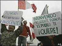 Supporters of Alberto Fujimori