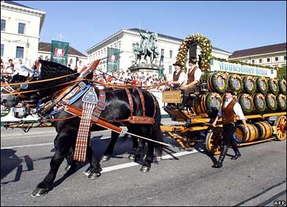 Oktoberfest parade 23 September 2007
