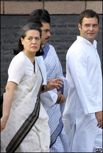 Rahul Gandhi (right) with mother Sonia Gandhi