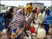Water for Darfur refugees (Oxfam)