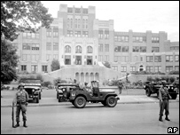 Members of the 101st Airborne Division take up positions at Central High