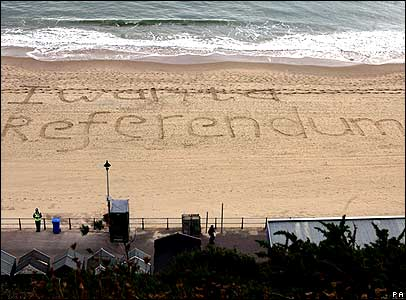 Campaigners for an EU referendum spell out their message on Bournemouth beach
