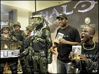 Fans with Halo 3