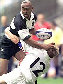 Josh Lewsey tackles rugby legend Jonah Lomu