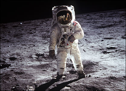 "Edwin ""Buzz"" Aldrin walks on the lunar surface. Image: Nasa."