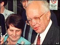 Сергей Хрущев с супругой в 1999 году
