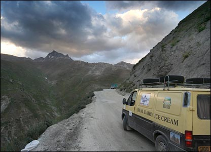 Dicey mountain roads in Tajikistan
