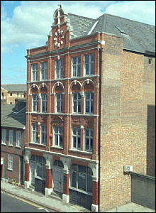 Listed hat factory in Luton. Picture from Images of England