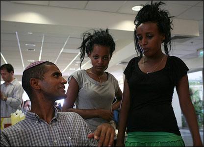 Ethiopians in Yemin Orde (photo and copyright: Noam Sharon atp)