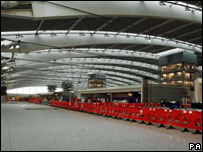 Heathrow Terminal 5 under construction