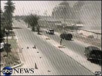 Un convoy de Blackwater en Irak minutos después del incidente que dejó 11 muertos (foto: ABC News)