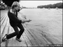Sting skimming a stone