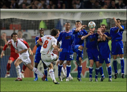 Juninho goes close with a free-kick