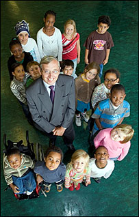 Sir Mike with Hackney schoolchildren