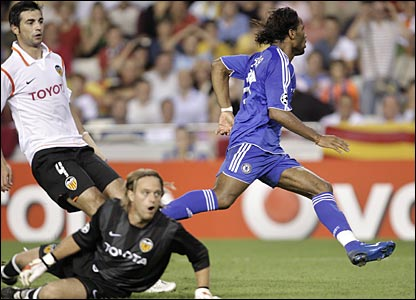 Raul Albiol and Timo Hildebrand, Valencia; Drogba, Chelsea