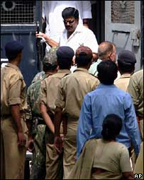 Former Indian MP  Anand Mohan steps out of a prison van at the court premises in Patna on 3 October