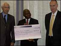 Cheque for nearly £1m from the MPS to Nigeria (Met Police)