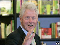 Bill Clinton at a book signing in London (04/10)