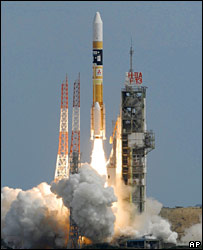 A rocket carrying the orbiter takes off on 14 September 2007