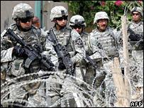 A US patrol in Baquba (1 October 2007)