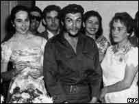 غيفارا وزوجته لايدا في عرسه عام 1959