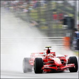 Kimi Raikkonen takes full advantage of Hamilton's mistake and he takes control of the season's penultimate race