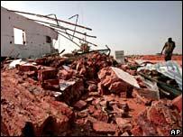 Обломки одного из домов в Хасканите