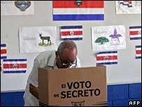 Costa Rica voter