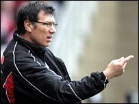 Fulham manager Lawrie Sanchez