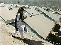 Temporary shelters in Muzaffarabad