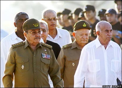 Acting President Raul Castro (left) and Vice President Jose Ramon Machado (right) arrive for the ceremony commemorating Che Guevara in Santa Clara, Cuba.