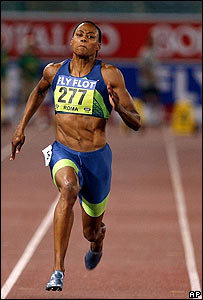 Marion Jones en plena carrera