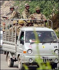 Pakistani troops in North Waziristan (file photo)