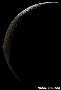 Iapetus (Nasa/JPL/SSI)