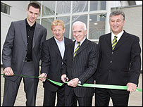 Celtic chairman Brian Quinn (second right) with captain Stephen McManus (left), manager Gordon Strachan and chief executive Peter Lawell