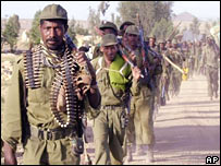 Ethiopian soldiers march near the town of Zalambessa in May 2000