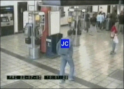 Jean Charles de Menezes walking through Stockwell Tube station