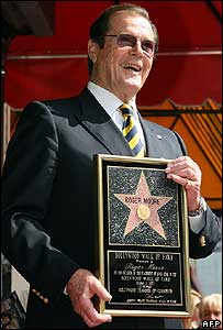 Sir Roger gets star on Walk of Fame