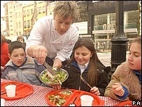 Jamie Oliver serves up a healthy school lunch