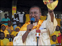 Gilchrist Olympio on the campaign trail