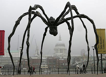Giant sculpture of a spider