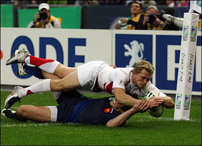 But it is England that have the dream start in Paris, Josh Lewsey taking advantage of a mistake to dive into the corner