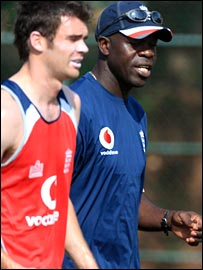 Ottis Gibson and James Anderson work in the nets in Sri Lanka